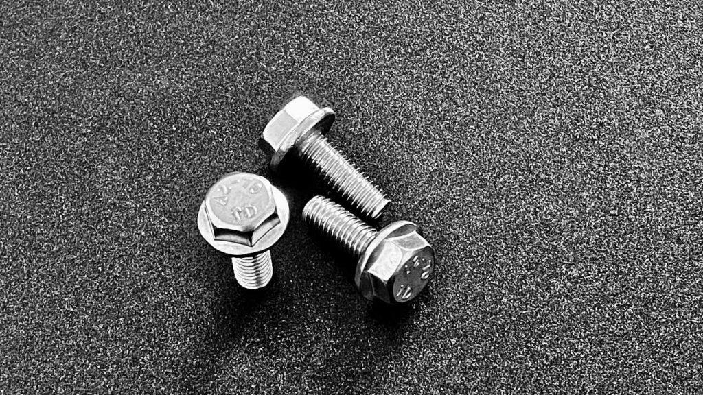 Sechskantschrauben mit Flansch DIN 6921-EN1665